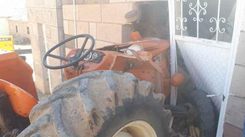 Feci kazada traktörün sürücüsü hayatını kaybetti