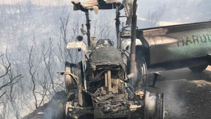 Canını zor kurtardı! Söndürme ekiplerine destek için giden traktör kül oldu