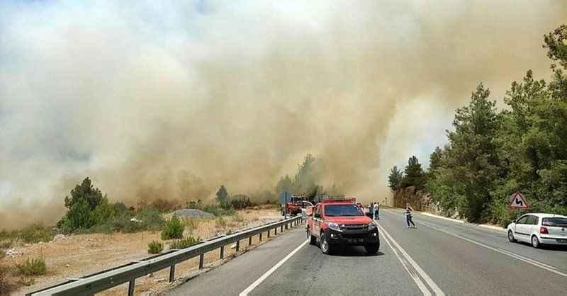Gündoğmuş yangını büyüyor! İlçeye girişler kapatıldı