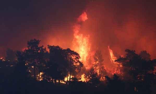 Akdeniz alev alev yanıyor! Nedeni belli oldu: Daha sık ve şiddetli olacak