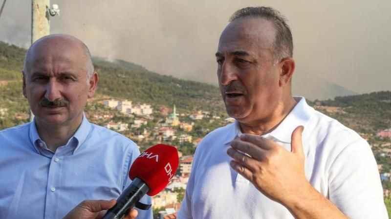 Bugün ve yarın kritik! Bakan Çavuşoğlu'ndan yangın bölgesinde flaş açıklamalar
