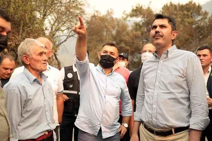 """Alanya Belediye Başkanı Yücel: """"Yaralar sarılıncaya kadar vatandaşlarımızın yanındayız"""""""