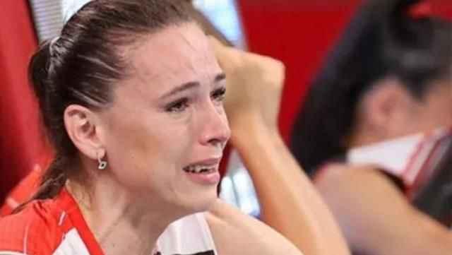 Ağlamaktan bitap düşen kaptan Eda, Türkiye'nin yüreğini sızlattı