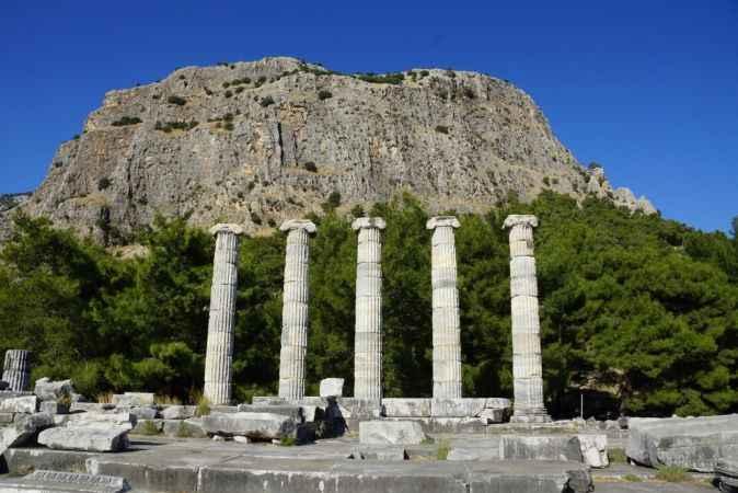 Yangınlar turizmi vurmaya başladı! O antik kent ziyaretçilere kapatıldı