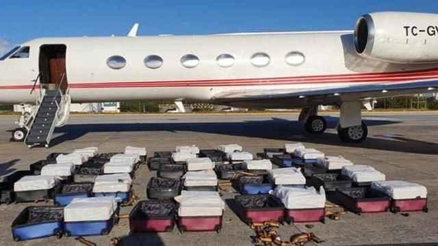 Skandal! Dünya eski Türk devlet uçağında ele geçirilen 1.3 tonluk kokaini konuşuyor