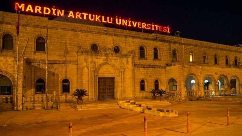 Skandalların merkezindeki üniversite yasağı deldi! Adrese teslim kadro