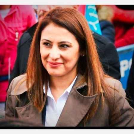 Meryem Aydoğan'dan İYİ Parti Alanya'ya üye desteği