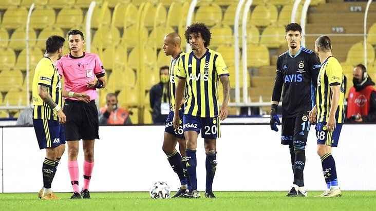 Süper Lig'in ilk haftasında düdük çalacak hakemler belli oldu! Fenerbahçe taraftarı büyük tepki gösterdi