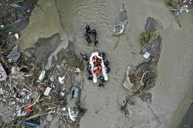 Son Dakika: Karadeniz'deki sel felaketinde can kaybı 57'e yükseldi