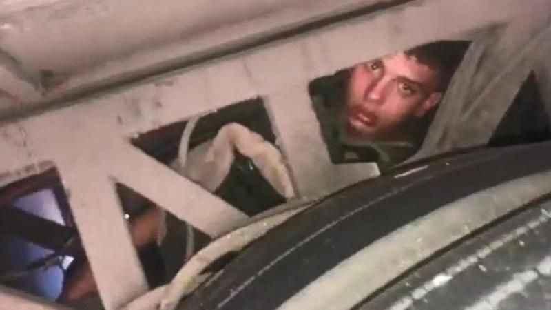 Şoför tesadüfen fark etti! İki tekerlek arasında ölümüne yolculuk
