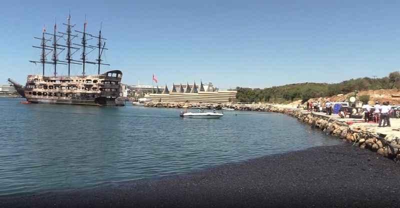 Alanya Türkler limanında temizlik çalışmalarına başlandı