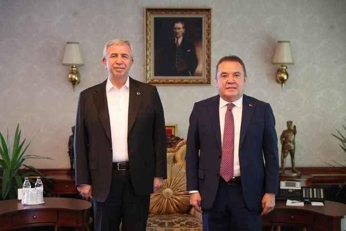 Antalya Büyükşehir Belediye Başkanı Böcek'ten Ankara çıkarması