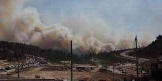Manavgat'ta mobil baz istasyonundan yükselen dumanlar panik yarattı