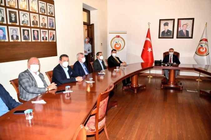 Antalya Valisi Yazıcı: 'Türkiye'nin en büyük  yangınını yaşadık'