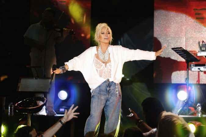 Süperstar Ajda Pekkan'dan hayranlarına müjde! Yeni albümü çıkıyor