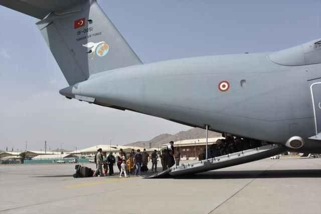 Kabil'den 200'ü aşkın Türk vatandaşı için tahliye operasyonu!