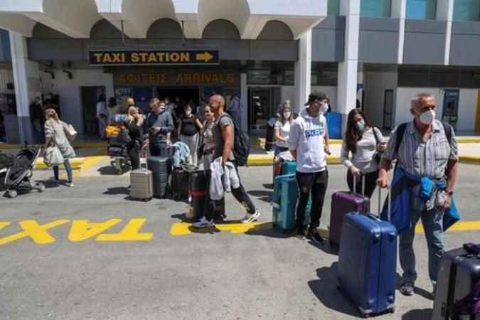 Delta kabusu tatil cennetini cehenneme döndürdü! Tatilciler terk ediyor