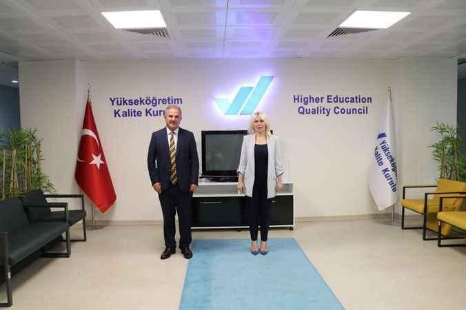 Antalya AÜ kurumsal akreditasyon onayı aldı
