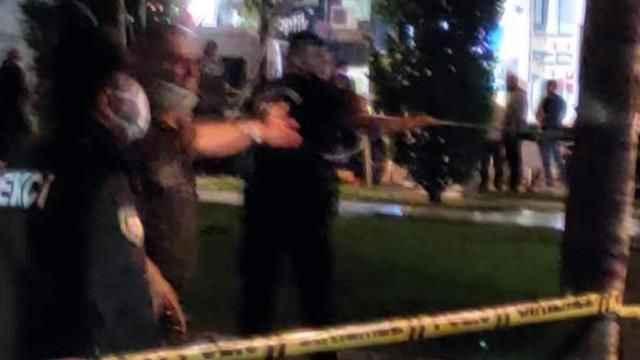 Hareketli dakikalar! Silahlı saldırgan, rehin tuttuğu 4 kişiyi serbest bıraktı