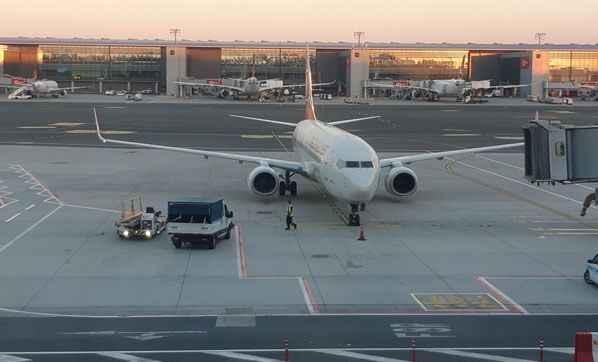 160 yolcu daha Türkiye'ye getirildi