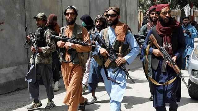 Taliban'dan kadınlarla 'Evde kalın' çağrısı! Gerekçeleri de istekleri kadar ilginç