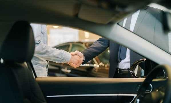 Araba alacaklara kötü haber! Fiyatlar manipüle ediliyor, kredi detayı...