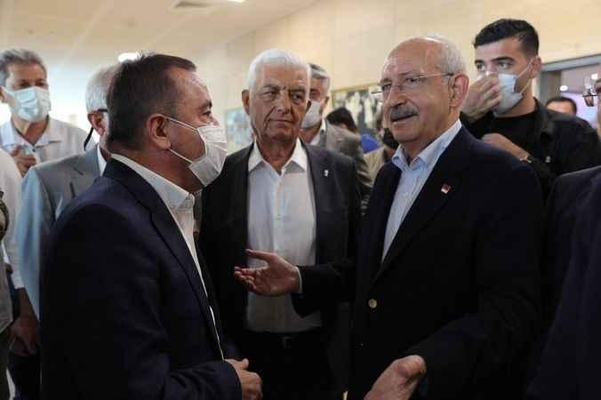 Antalya Büyükşehir Belediye Başkanı Böcek, başkanlar toplantısına katıldı