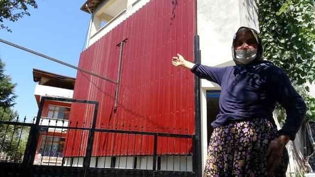 Piknikten dönen yaşlı kadın, evini görünce gözlerine inanamadı! Pencereleri artık yok