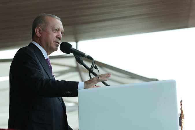 """Cumhurbaşkanı Erdoğan: """"Genç teğmenlerimizle beraber yarınlara yürüyoruz"""""""