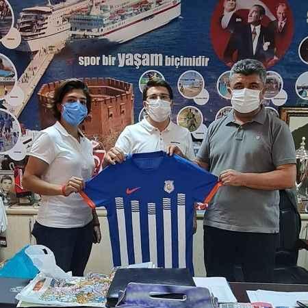 Alanya Kestelspor'a destek sürüyor