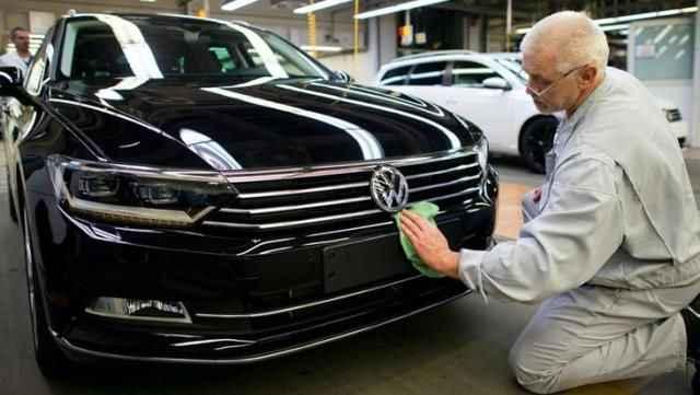 Otomotiv devinden tarihi karar! İki modelde artık manuel araç üretilmeyecek