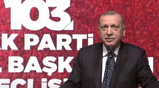 İlginç anlar! Cumhurbaşkanı Erdoğan'dan sesi az çıkan salondakilere sitem