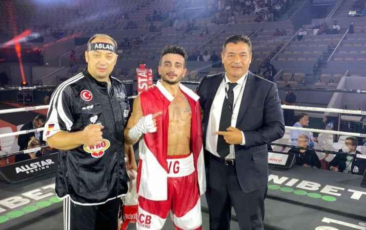 Türk boksör Volkan, Fransız rakibinin yenilmezlik serisini sonlandırdı