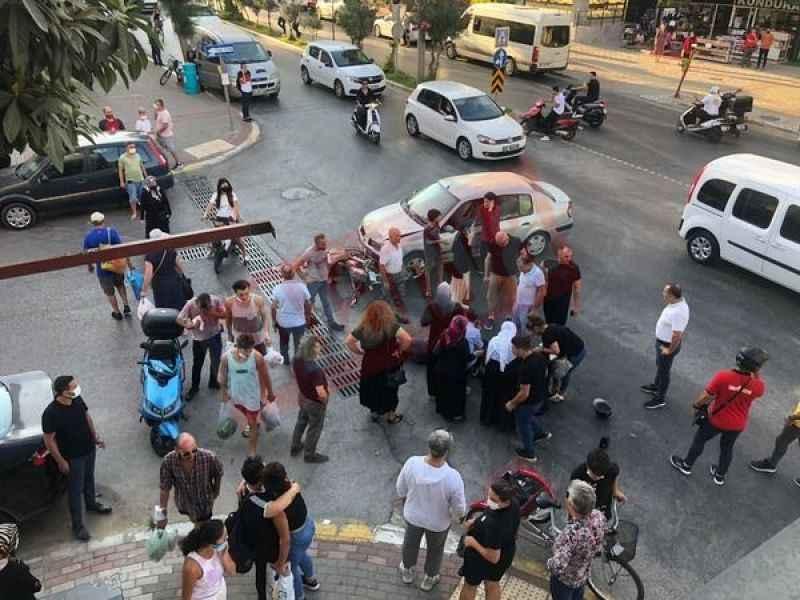 Alanya'da korkunç kaza! Otomobil motosiklete çarptı: 1'i ağır 2 yaralı
