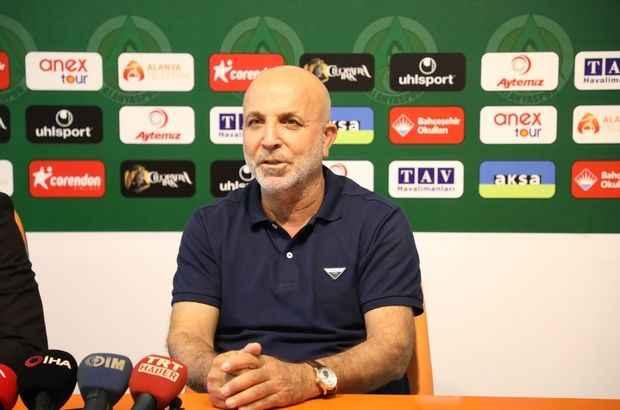 Alanyaspor Başkanı Hasan Çavuşoğlu önemli açıklamalarda bulundu