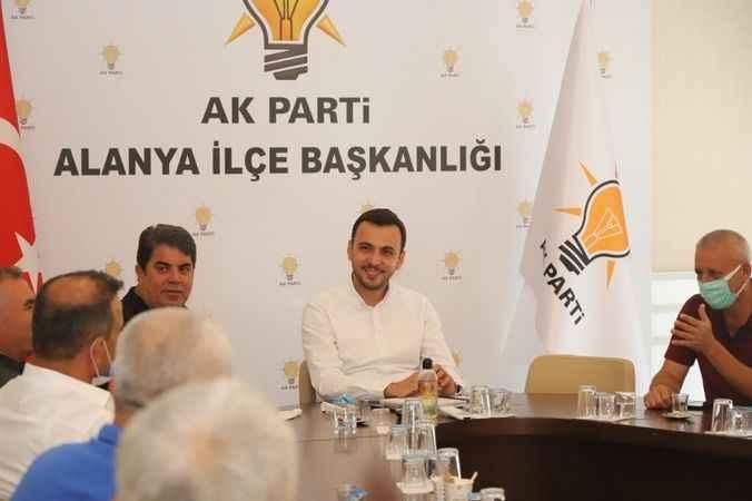 AK Parti Alanya'ya 'Elektrik' çıkarması