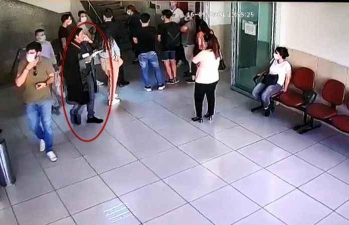 Dehşete düştü! Sahte avukat duruşmada yakalandı