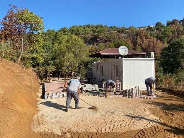 Gündoğmuş'ta afetzede evleri kışa hazırlanıyor