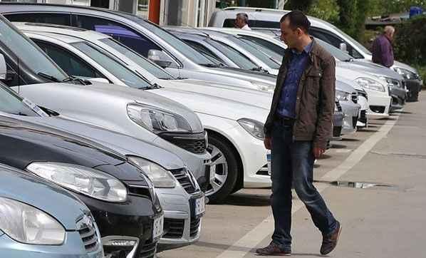İkinci el araba fiyatlarında flaş gelişme! Bakan duyurdu