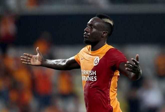 Galatasaraylı yıldızdan olay paylaşım!