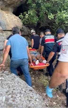 Manavgat'ta korkunç olay! Fotoğraf çekerken 30 metreden düştü
