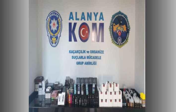 Alanya'da polis kaçakçılara göz açtırmıyor!
