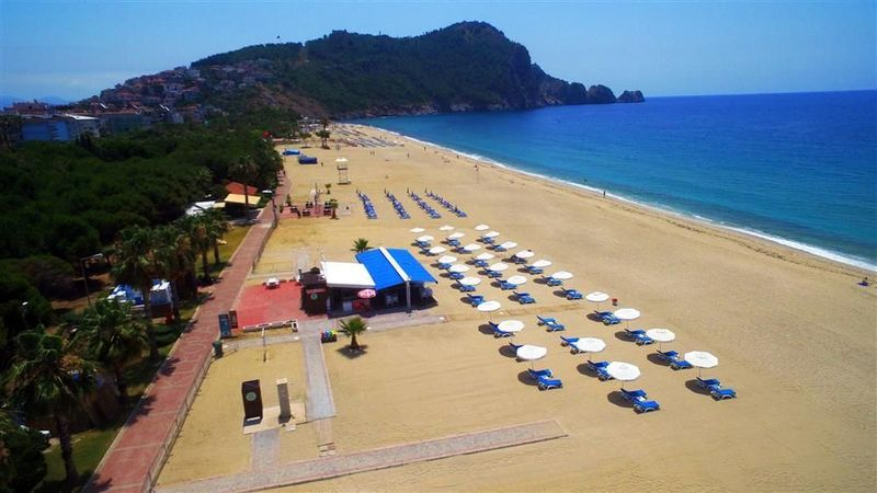 Alanya'daki konaklama tesisleri ve plaj işletmeleri dikkat! Yönetmelik Resmi Gazete'de yayımlandı