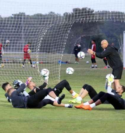 FTA Antalyaspor'da teknik ekip belli oldu!