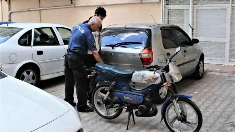 Yok böyle hırsızlık! Antalya'da motosiklet hırsızı, çevre esnafından yardım isteyince...