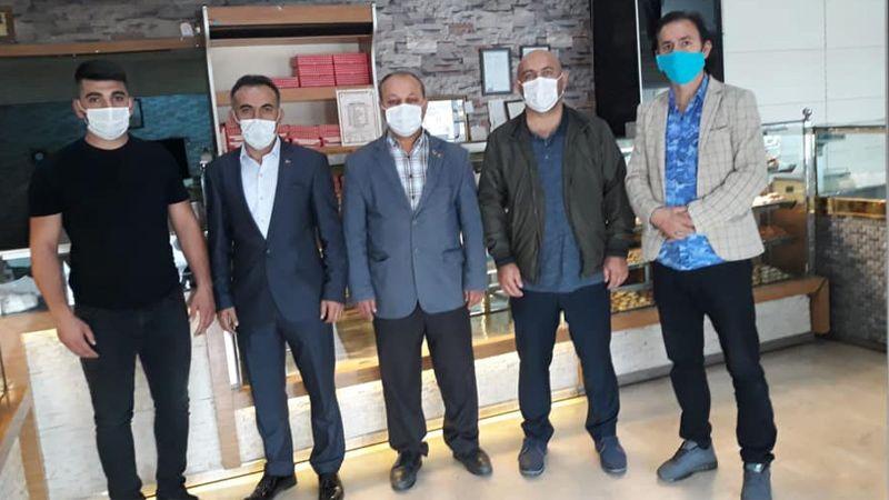 MHP'lilerden 'Askıda Ekmek Projesi'ne destek