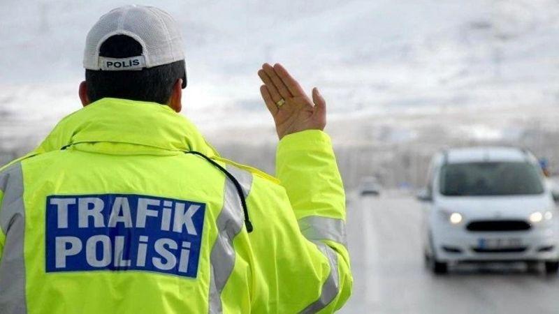 Trafik polislerine İLGİNÇ GÖREV