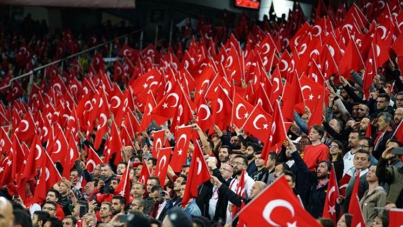 Türkiye'de ilk defa seyircili maç