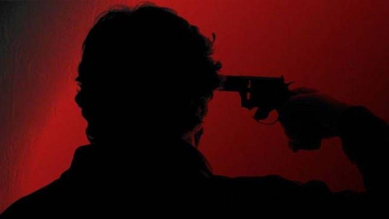 Genç adam kendini vurdu