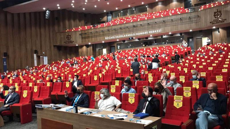 Meclis sakin geçti